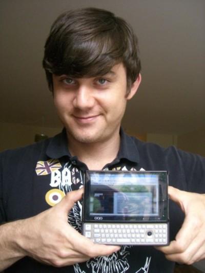 oqo model 02 2 ultra mobile pc hands on pics video mac harris selectroclash