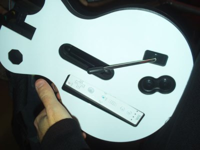 Guitar Hero III Wii Controller handson
